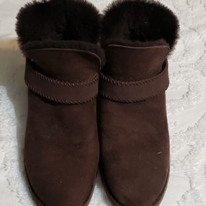 Ladies Ugg Brown Boots